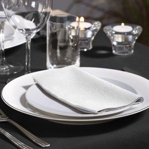 477554 Tork Dinner szalvéta 1/8 Hajtott Fehér