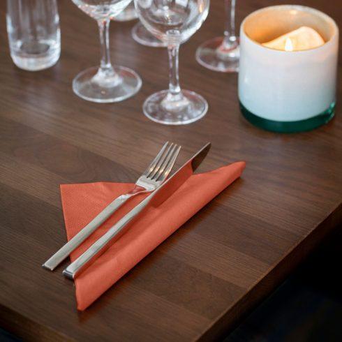 477601 Tork Soft Dinner szalvéta Terrakotta
