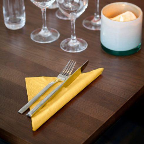 477911 Tork Soft Dinner szalvéta Sárga