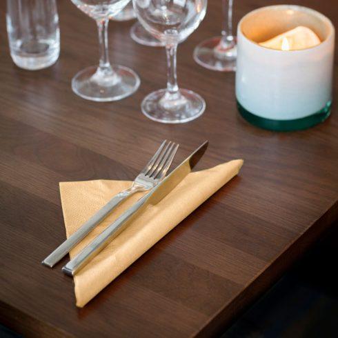 478747 Tork Dinner szalvéta Csontszín