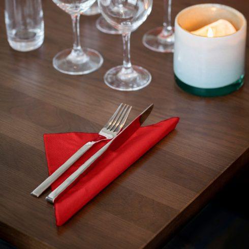 478752 Tork Dinner szalvéta Piros